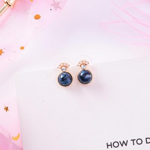 Unique Zone Jewelry - ❤️️NEW UNIQUE Cute Crown Handmade Stud Earrings D3